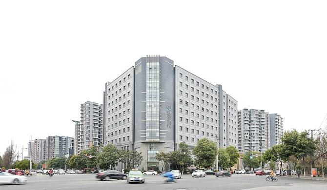 商户经营 成都武侯区鹭岛路36号鹭岛国际社区四期5栋310酒店式公寓 1